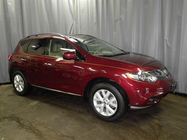 pre owned 2011 nissan murano le suv in crystal lake 32052a m 39 lady nissan. Black Bedroom Furniture Sets. Home Design Ideas